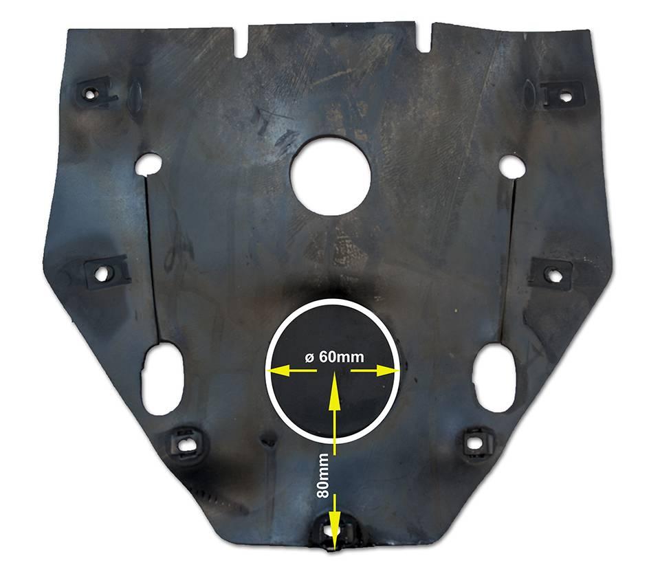 Afin d'améliorer le refroidissement de l'allumage électronique, découpez la bavette de protection au diamètre de ce dernier, suivant les cotes indiquées.