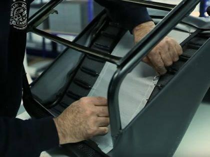 Comment remplacer une garniture de banquette arrière de 2CV avec rabats ?