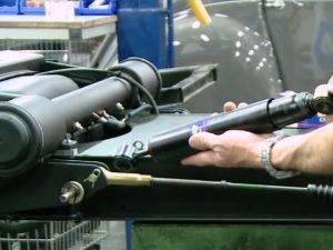 Remplacer un amortisseur arrière sur 2CV et Méhari